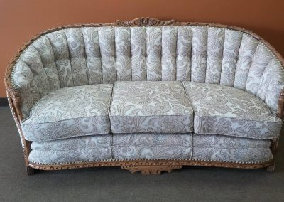 divan antique gris